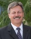 Robert J Kulas